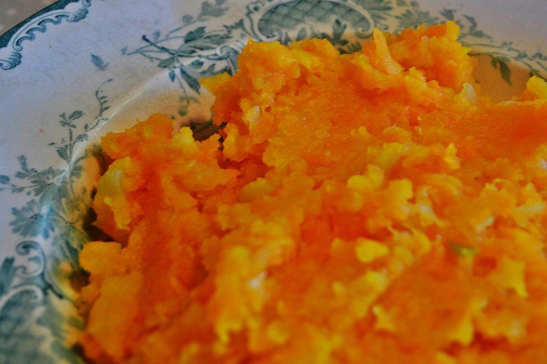 Orange mos av morot.