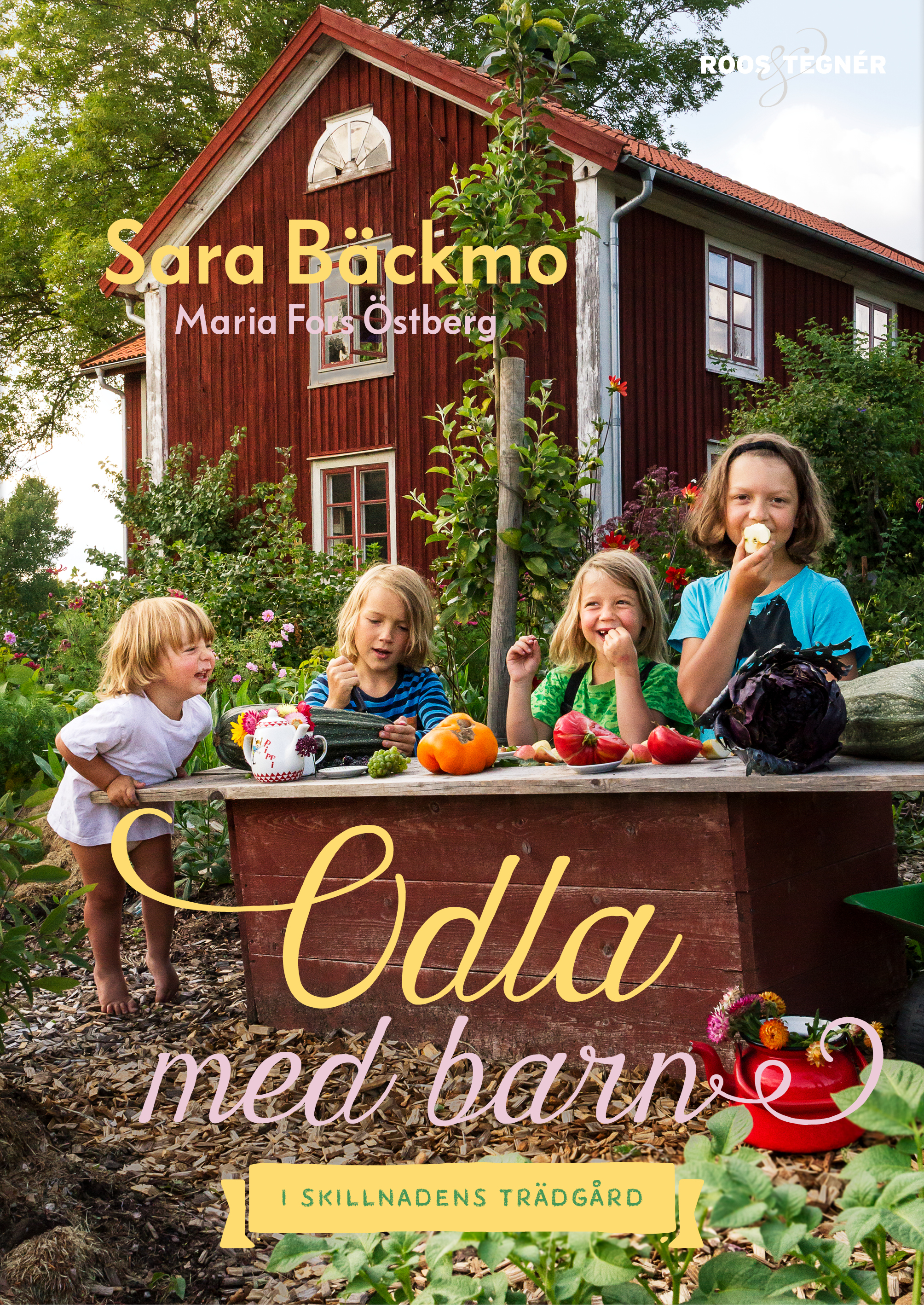 Bokomslag med fyra glada barn i trädgården som leker affär. Growing with kids, four happy children on the cover.