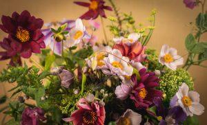 Saras första blomsterarrangemang