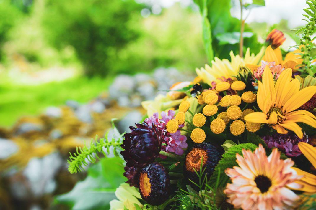 Bukett med gula blommor
