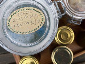 Fermenterade bönor i glasburk