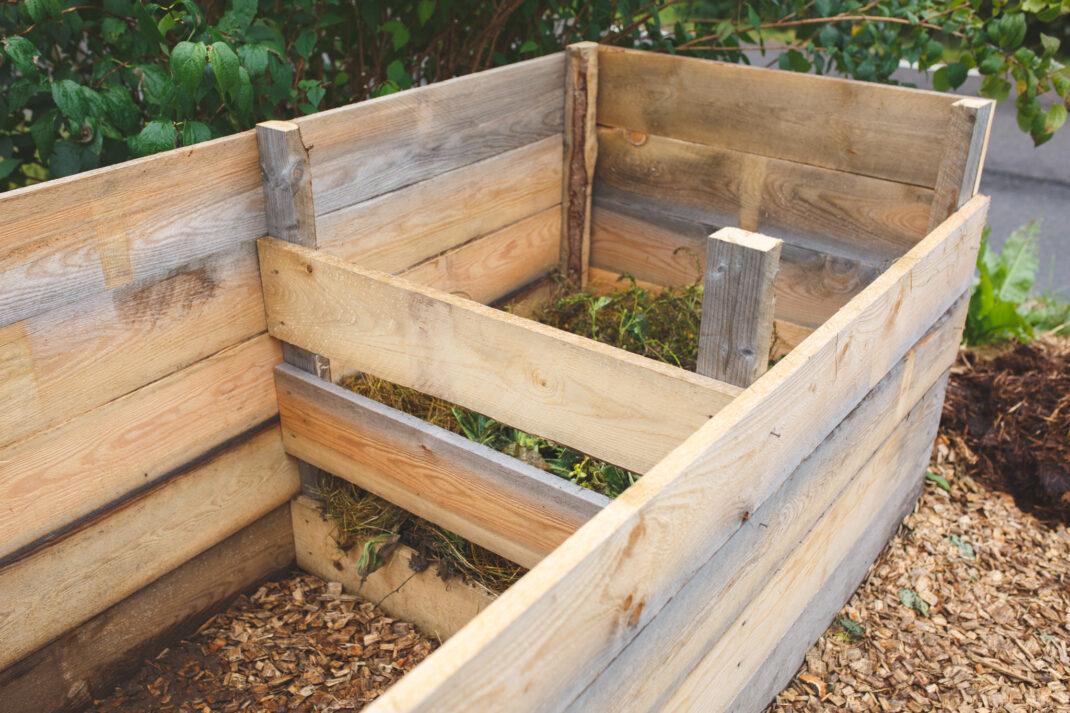 Hur man bygger träkompost