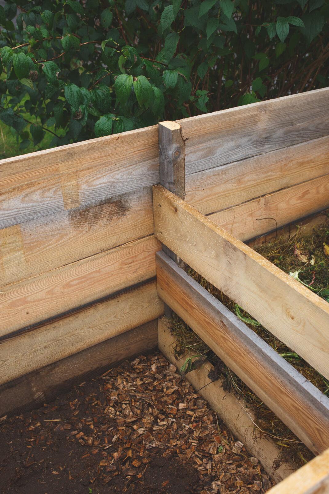 Bygg din egen kompost i trä